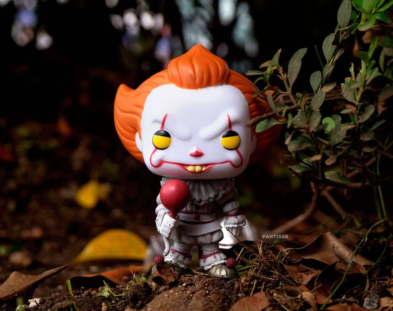 Pennywise With Balloon Pop! Vinyl