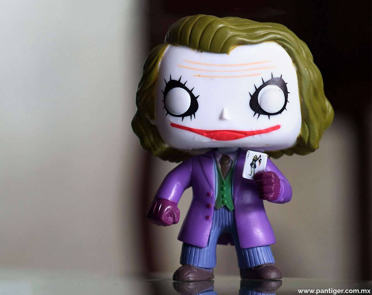 The Joker (Heath Ledger) Pop! Vinyl